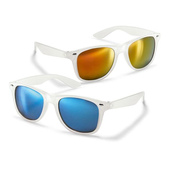 Gafas de sol. PC. Con lentes de espejo. Montura translúcida