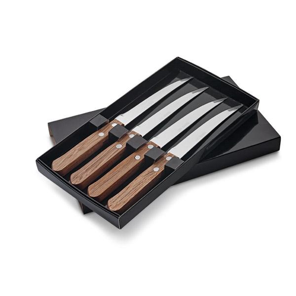 Set de 4 cuchillos.